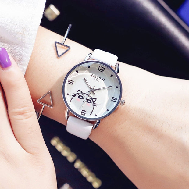 2019 Korean Fashion Simple Retro Small Round Belt Woman Watch Students Watches Fresh Temperament Woman's WristWatch