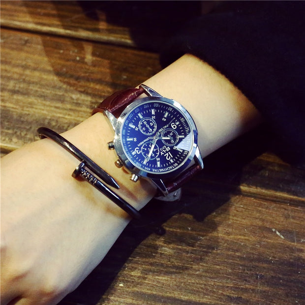 Brand Fashion Casual Sports Military Men's Watch Clock Luxury Leather Strap Calendar Quartz Men Watches 3 Color Wristwatches