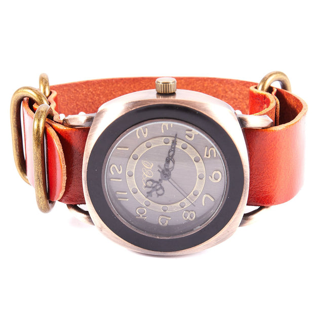 CCQ Brand Retro Vintage Cow Leather Bracelet Watch Women Casual Quartz Watch Ladies Girls Wristwatch 1311