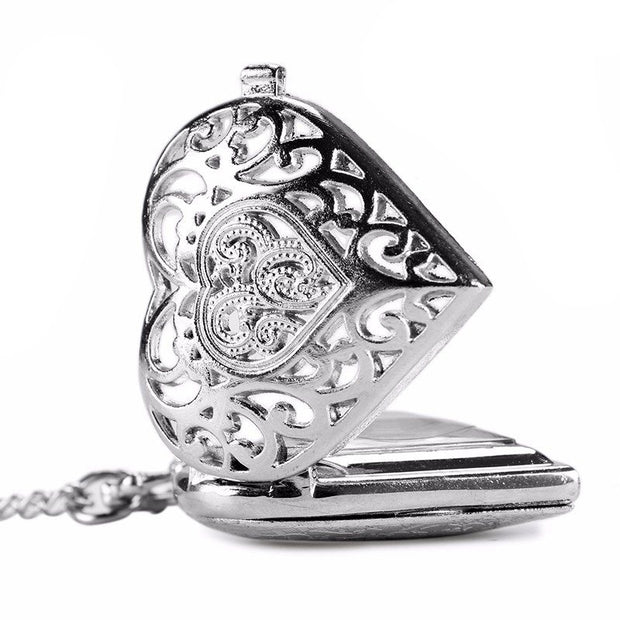 Couple Gift Pocket Watch Retro Style Hollow Hollow Silver Pocket Watch Creative Carved Simple Work Pocket Watch