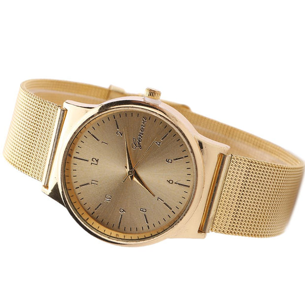 Digit Dial Design Women Girl Watch Bracelet Quartz Alloy Round Shaped Watches Wristwatch Gifts
