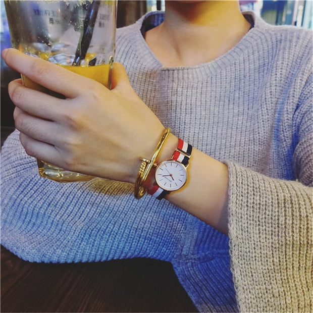 Fabric Strap Style Quartz Women Watch Top Brand Watches Fashion Casual Fashion Wrist Watch 2019 Hot Sale Fashion Ladies Watches