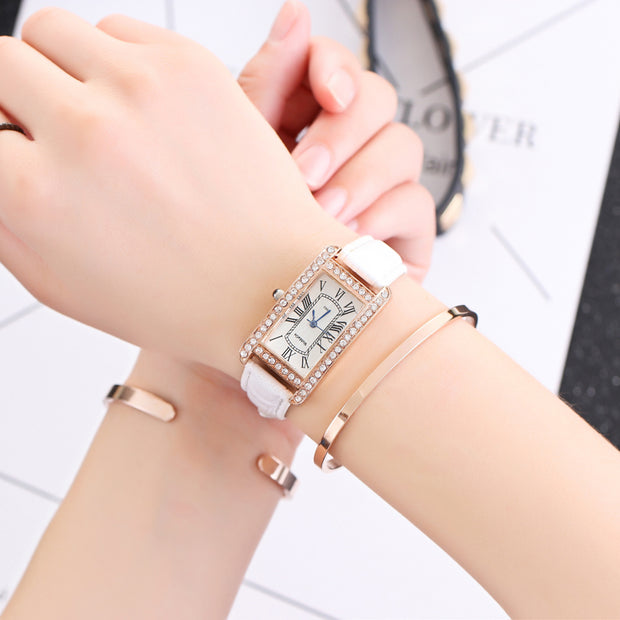 Fashion Womage Brand Women Watches Diamonds Dress Ladies Casual Crystal Quartz Sport Wristwatch Leather Student Girl Gift Clock