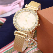 Fashion Women Heart Pendant Rhinestone Round Dial Steel Strap Quartz Wristwatch Wholesale