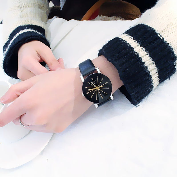 Girls Clock Students High School Korean Version Simple Black White Fashion Friend Belt Round Ultra-thin Quartz Watch Trending