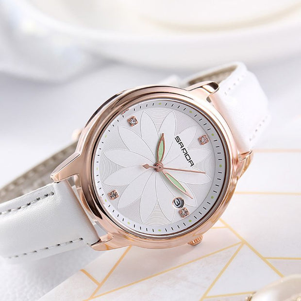 New Woman's Watch Fashion Simple Luxury Ladies Quartz Wristwatch Commuter Style Top Brand Leather Strap Watch Reloj F4