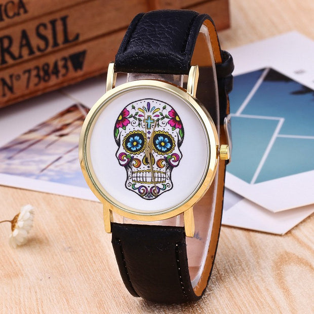Skull Pattern Watch Woman Fashion Quartz Wristwatches Ladies Casual Leather Band Clock Girl Gift Christmas Relogio Feminino