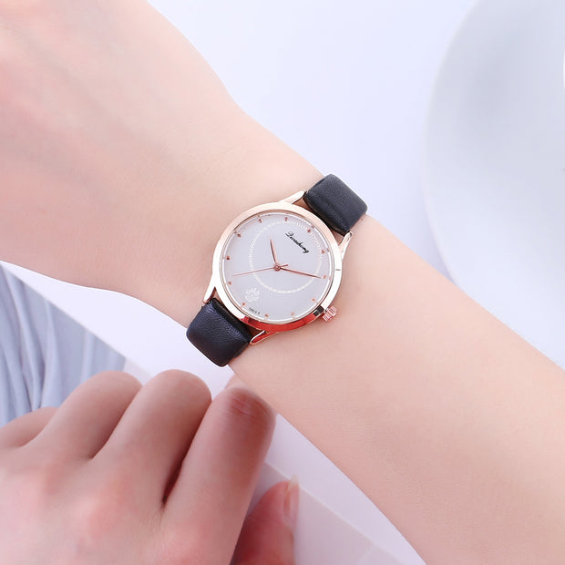 Sloggi Brand Luxury Women Wrist Watch Korean Cartoon Cat Footprint Dial Watch Women Ladies Simple Quartz Watch Relojes Mujer