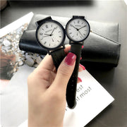 Super Hot A Pair Watch Female Student Simple Casual Trend Ulzzang Retro College Style Couple Wristwatch Girlfriend Couple Clock
