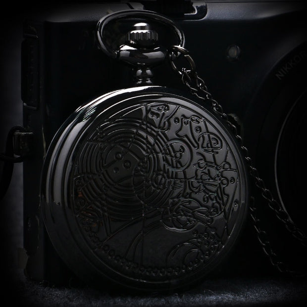 Vintage Fashion Pocket Watch Charm Black Women Necklace Chain Full Hunter Quartz Watches Creative Retro Gift Relogio De Bolso