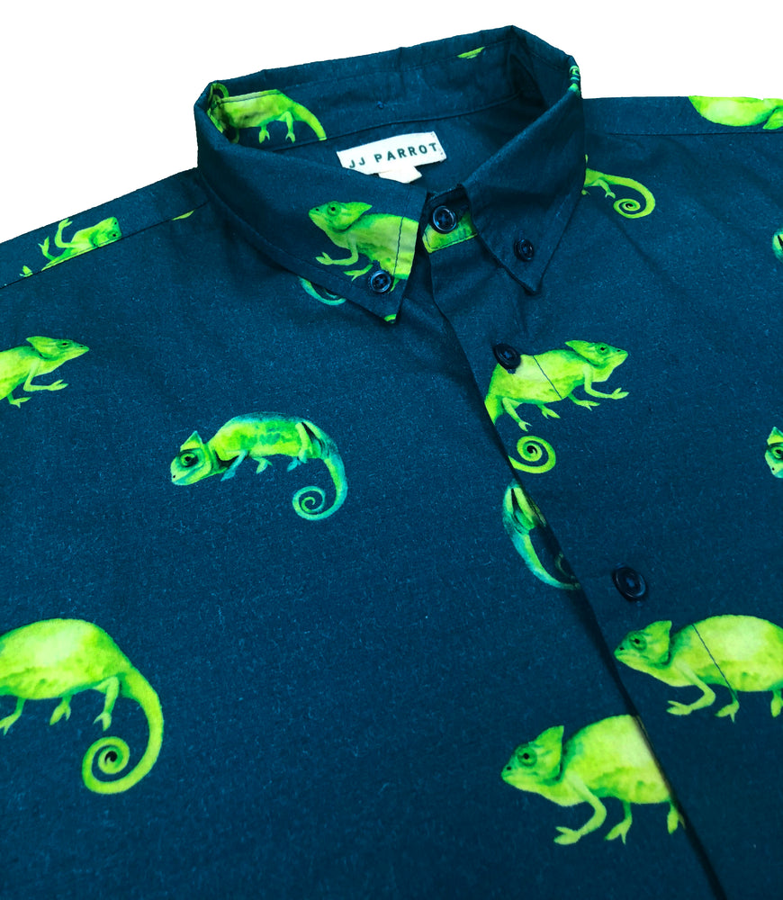 """Karma Chameleon"" Green Short Sleeve Button Down - JJ Parrot"