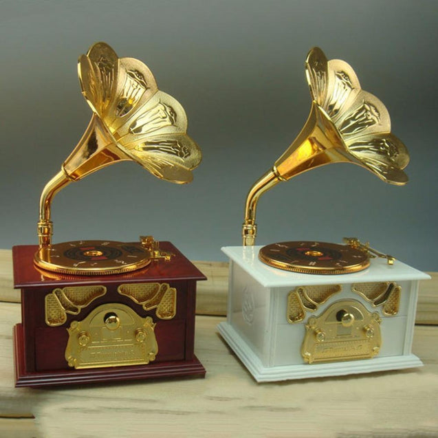 2017 Gramophone Shaped Music Box