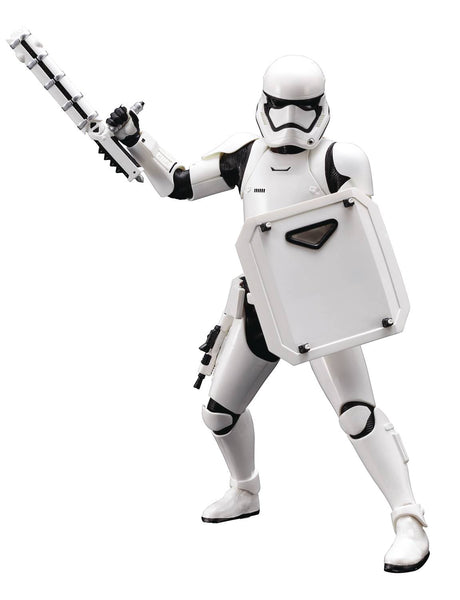 STAR WARS EPISODE VII FIRST ORDER STORMTROOPER FN-2199 ARTFX  STATUE - NEW