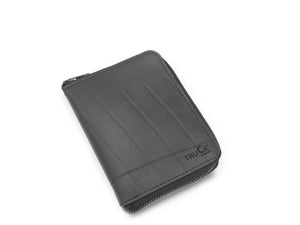 recycled rubber passport holder