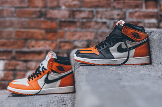 "Air Jordan 1 Retro ""SHATTERED BACKBOARD"" 1.0 - 2.0 and 3.0?"