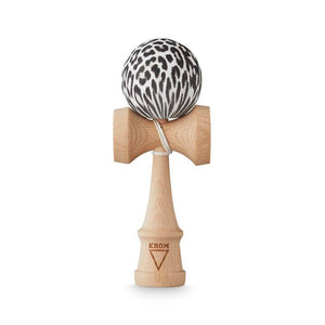 KROM RUBBER ANIMAL SNOW LEOPARD KENDAMA - Kendama-Senses Nederland