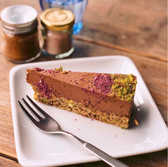 raw vegan no cheese cheesecake
