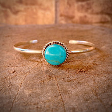 Load image into Gallery viewer, Turquoise Wire Cuff