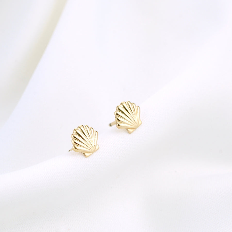 Gold Filled Shell Stud Set
