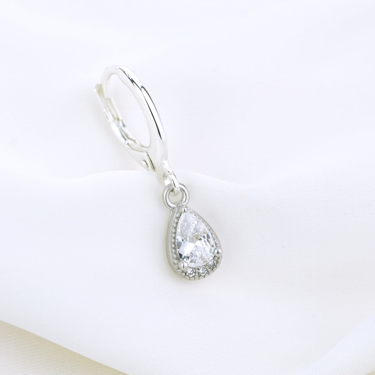 Silver White Sparkling Drop Earring