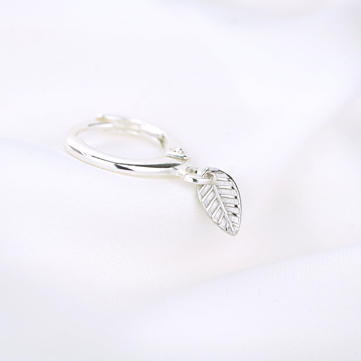 Silver Small Leaf Earring