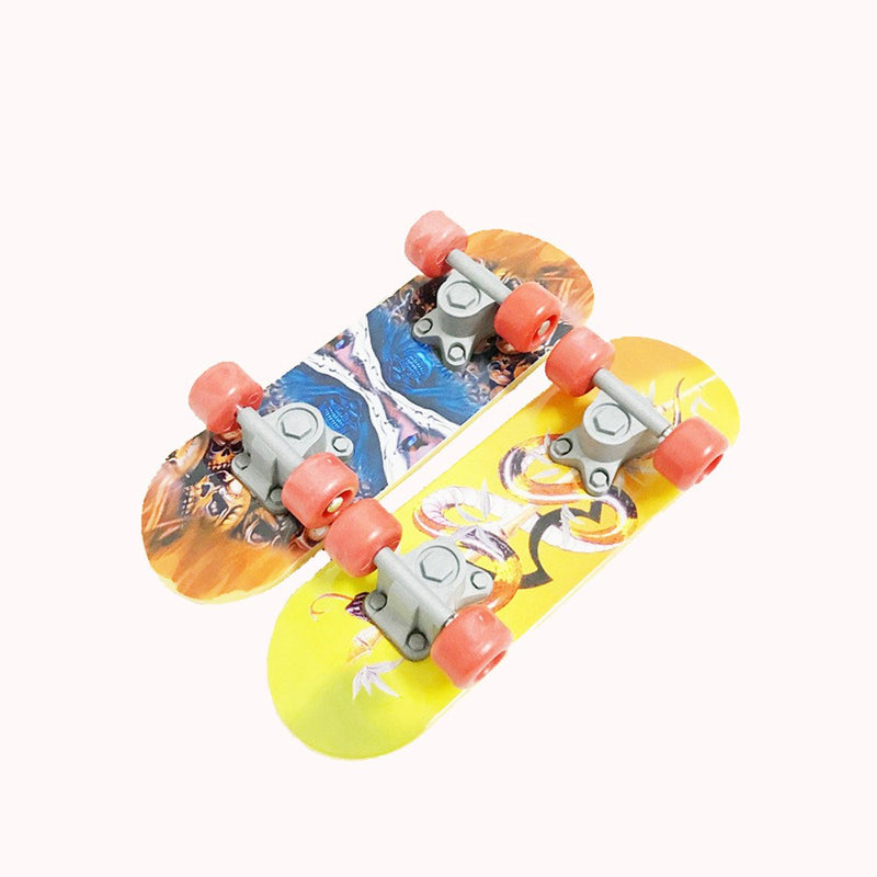 2018 Bird Parrot Intelligence Toys Mini Training Skateboard For Budgies Parakeet Growth Box Toy supply New Arrivals