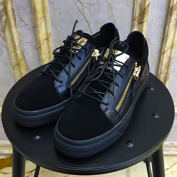 New Trendy high top buckle  shoe 10