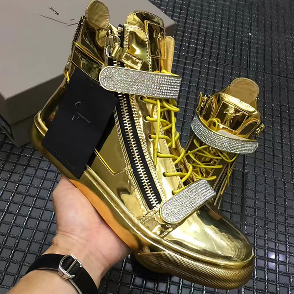 New Trendy high top buckle  shoe 45