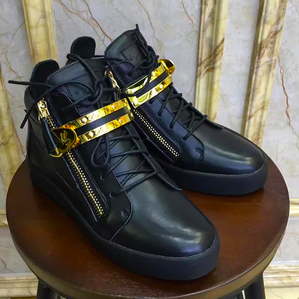 New Trendy high top buckle  shoe 19