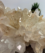Load image into Gallery viewer, Large Himalayan Quartz