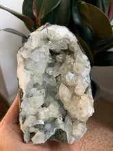 Load image into Gallery viewer, Apophyllite Geode