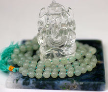 Load image into Gallery viewer, Green Mica mala