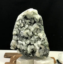 Load image into Gallery viewer, Apophyllite & Chalcedony