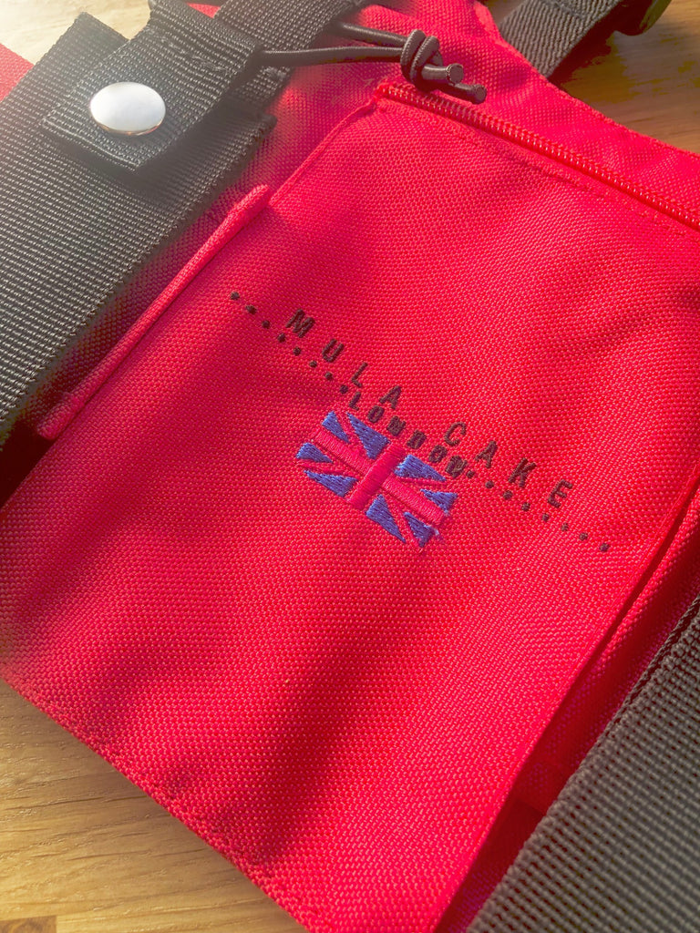 Mula Cake London chest pouch red