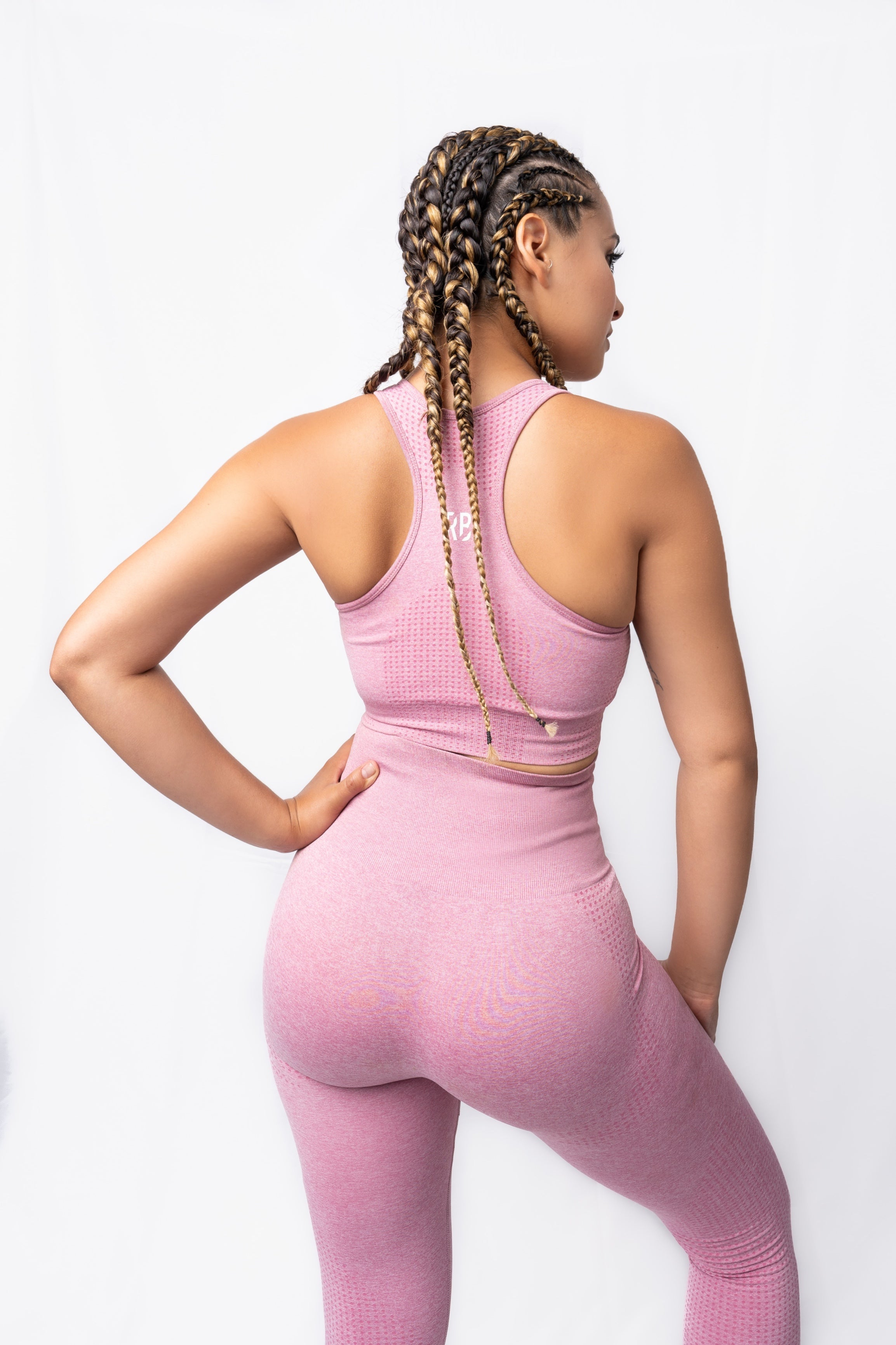 Roman Legacy Seamless Sports Bra- Light Pink
