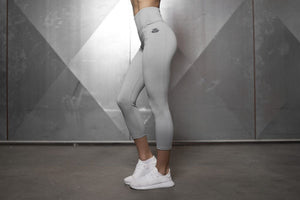 BASIC INFINITY LEGGING High Waist Sculpture 7/8 –  Light Grey