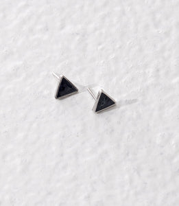 Taarika earrings, pearl grey