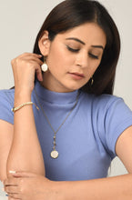 Load image into Gallery viewer, Ramya reversible necklace