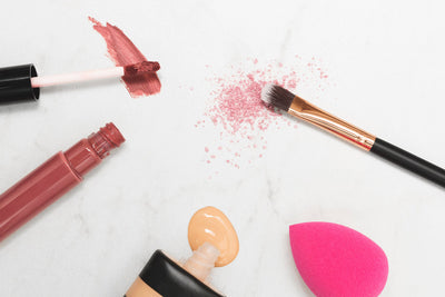 3 Steps to Clean Your Makeup Bag for Spring