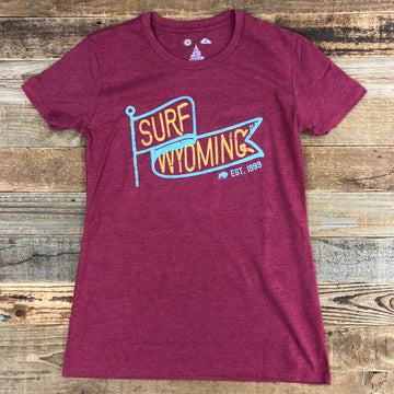 Women's Surf Wyoming® Vintage Flag Tee - Cardinal