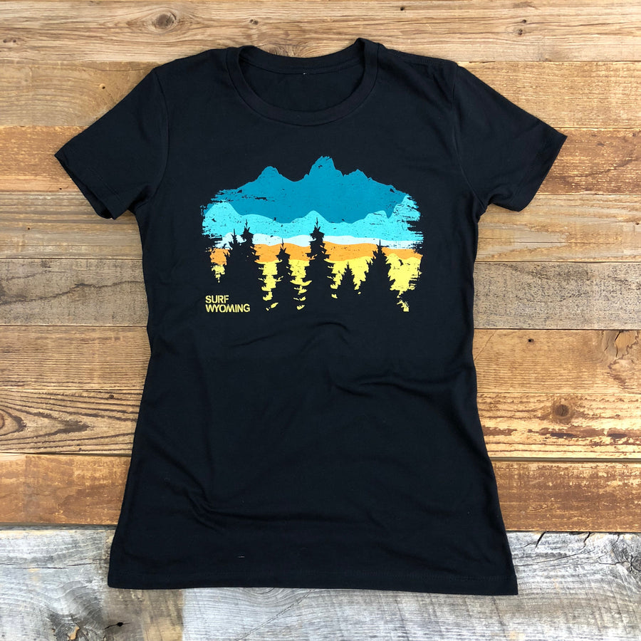 Women's Surf Wyoming® Timberline Horizon Tee - Black