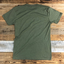 Load image into Gallery viewer, Men's SURF WYOMING® Horizon Timberline Tee - Military Green