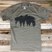 Load image into Gallery viewer, Surf Wyoming-Men's SURF WYOMING® Timberline Tee - Warm Grey-