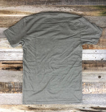 Load image into Gallery viewer, Men's SURF WYOMING® Timberline Tee - Warm Grey