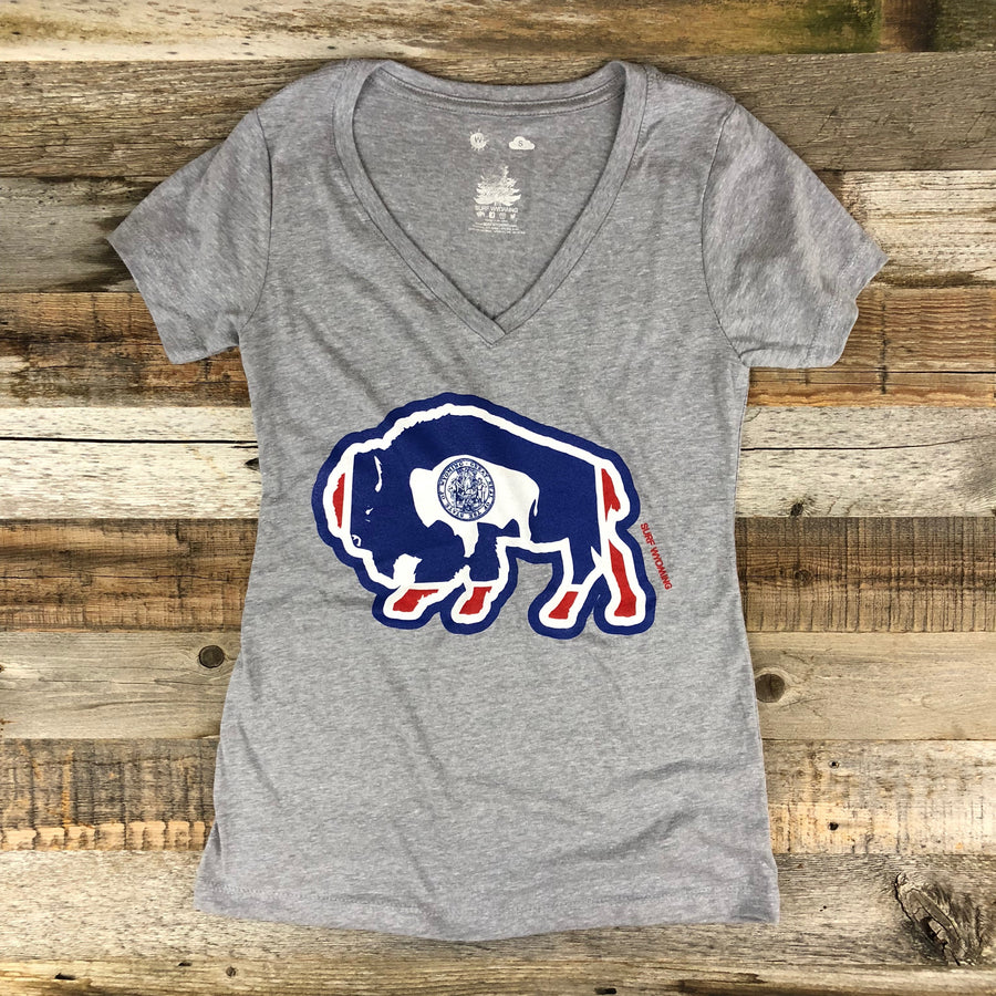 Women's Surf Wyoming® Bison AR Tee- V Neck- Heather Grey