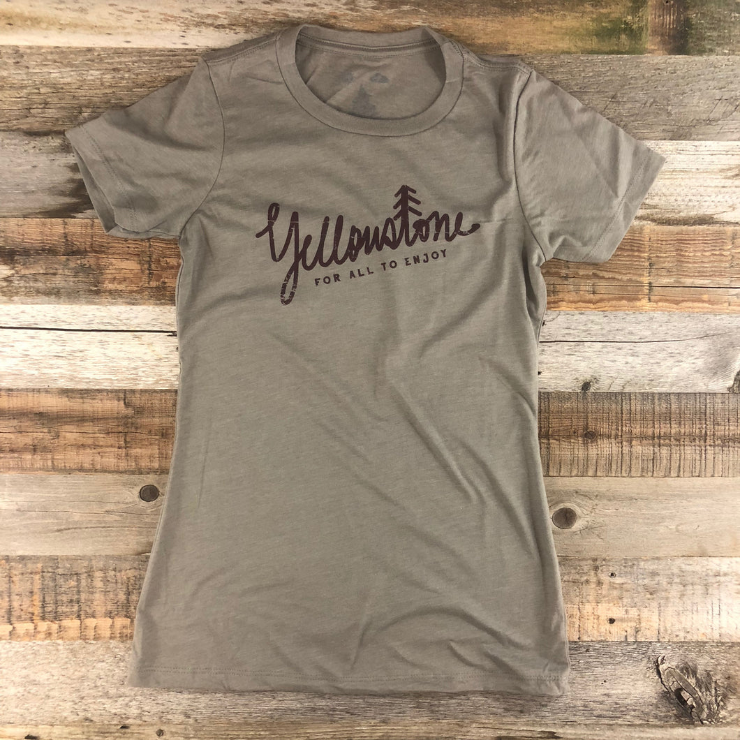 Surf Wyoming-Women's YELLOWSTONE x SW COLLECTION Yellowstone Tee - Stone Grey-