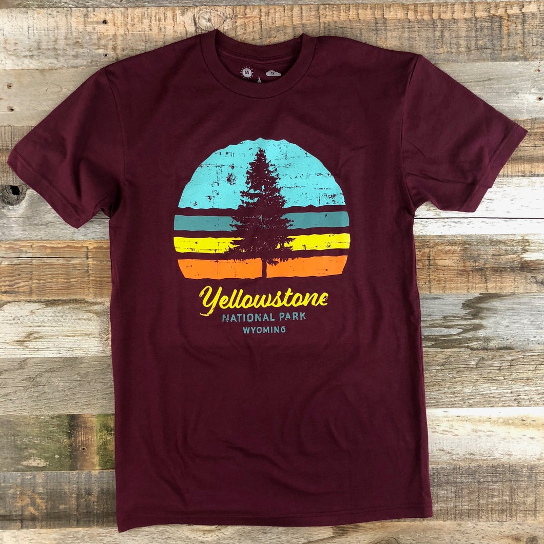 Surf Wyoming-Men's YELLOWSTONE x SW COLLECTION YNP Tee - Maroon-