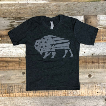 Youth BISON QUIVER Tee - Charcoal