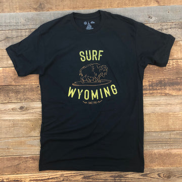 Men's SURF WYOMING® Hang Twenty Tee- Black