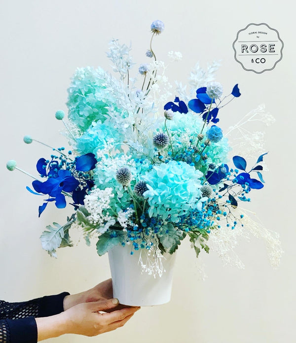 Blue preserved arrangement